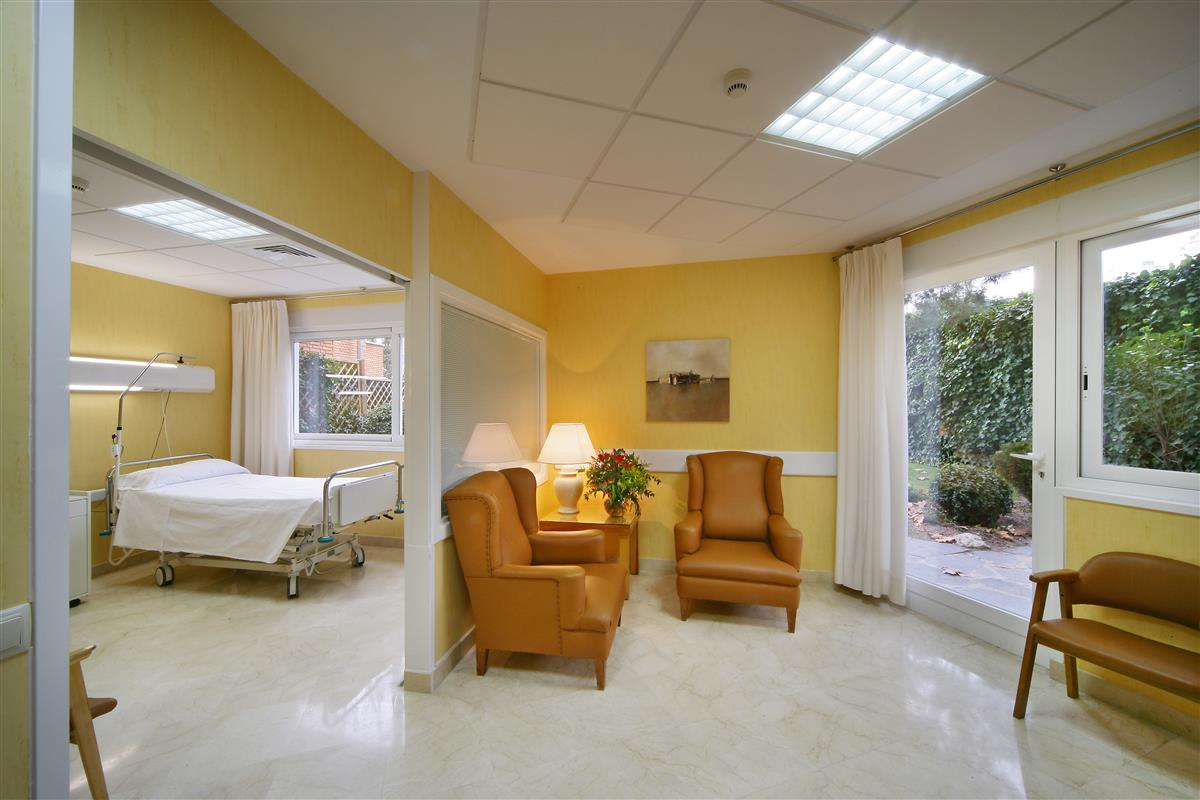 Patient Room - Hospital Ruber Internacional